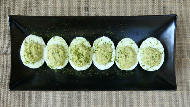 Deviled Eggs a la Chickweed Hummus